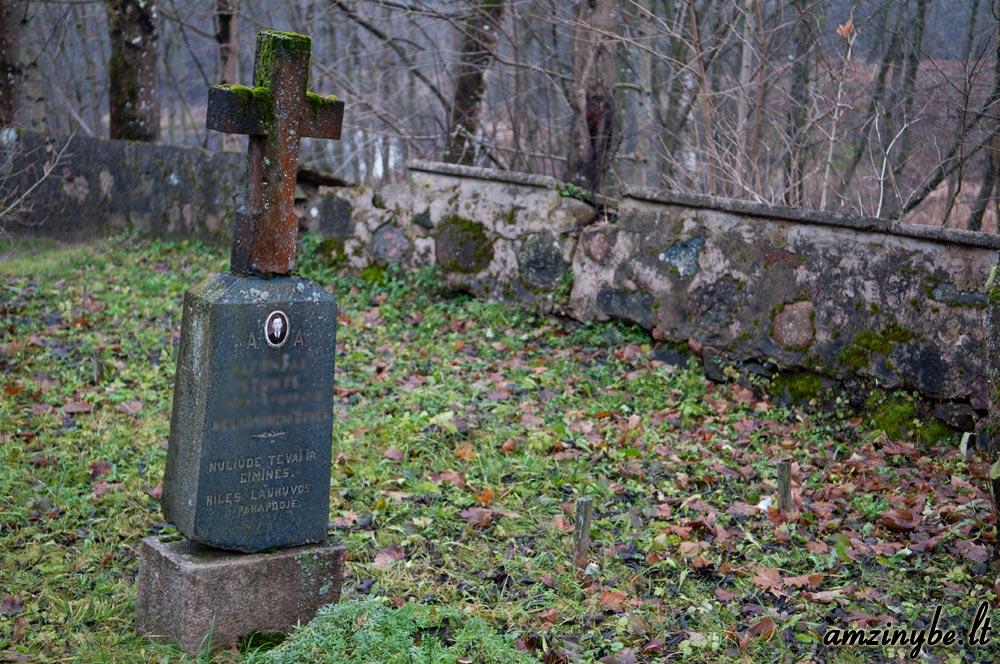 Plungės senosios kapinės - 003