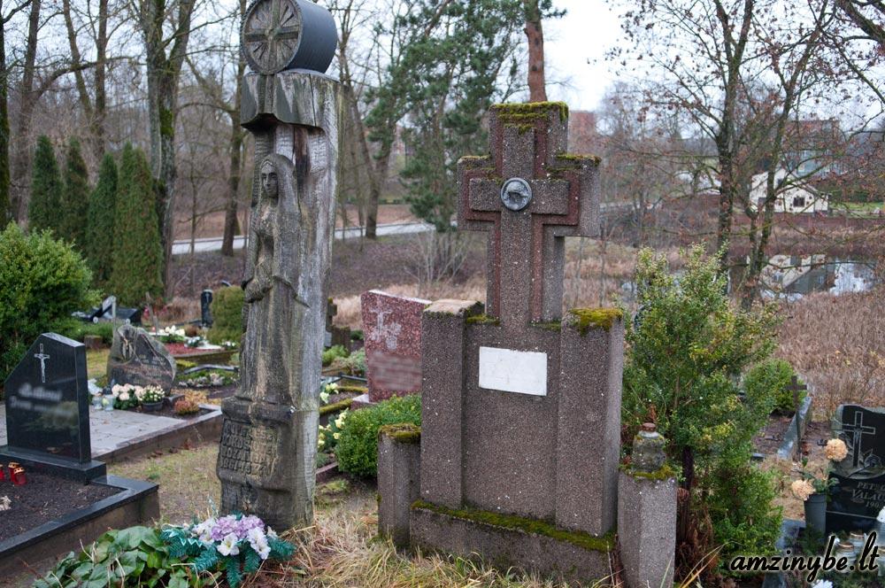 Plungės senosios kapinės - 005