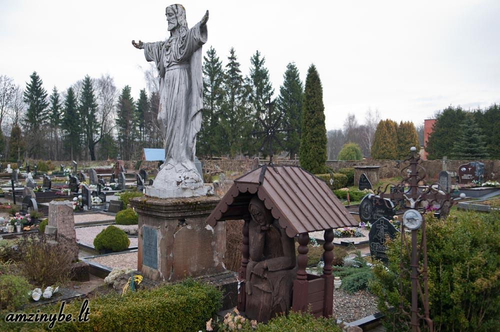 Plungės senosios kapinės - 013
