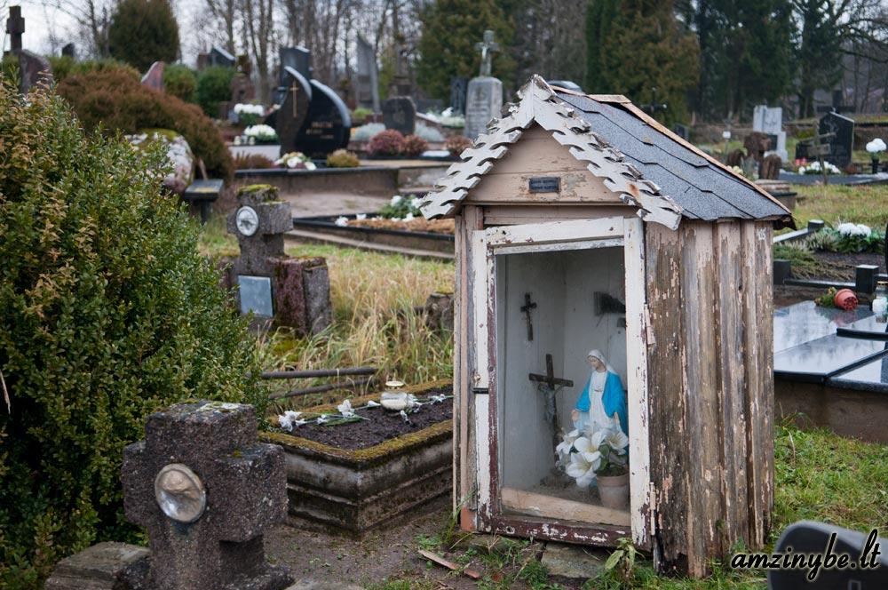 Plungės senosios kapinės - 015