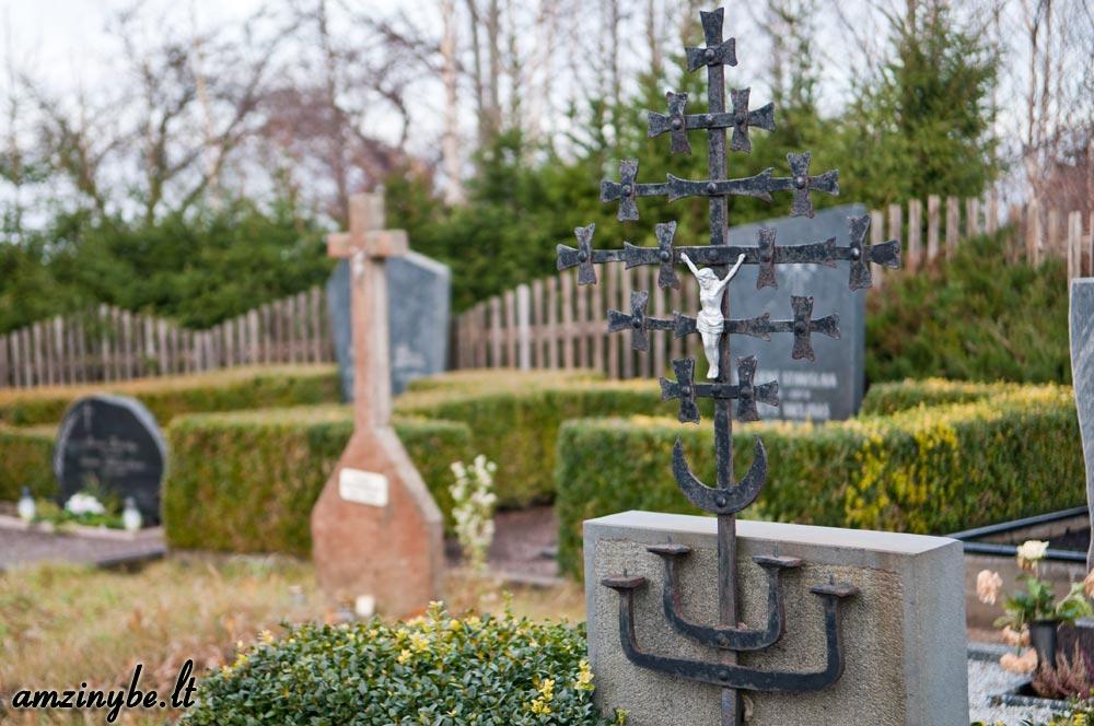 Plungės kapinės - 002