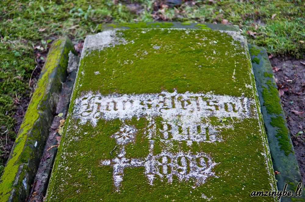 Priekulės senosios kapinės - 009