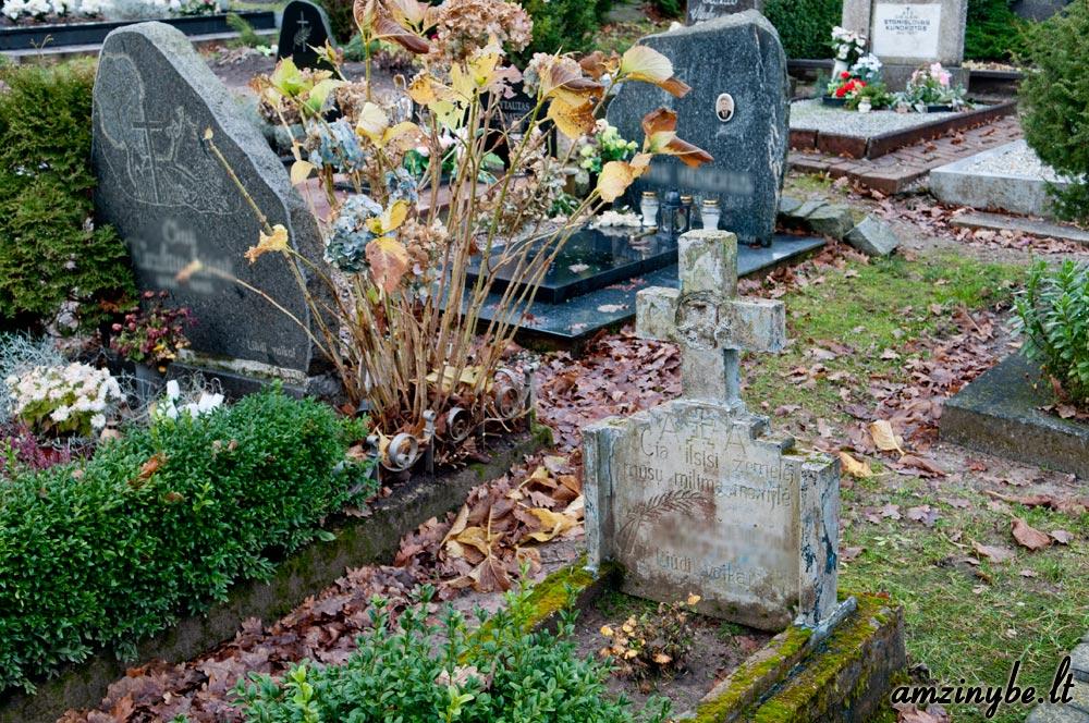 Priekulės kapinės, senoji dalis - 003