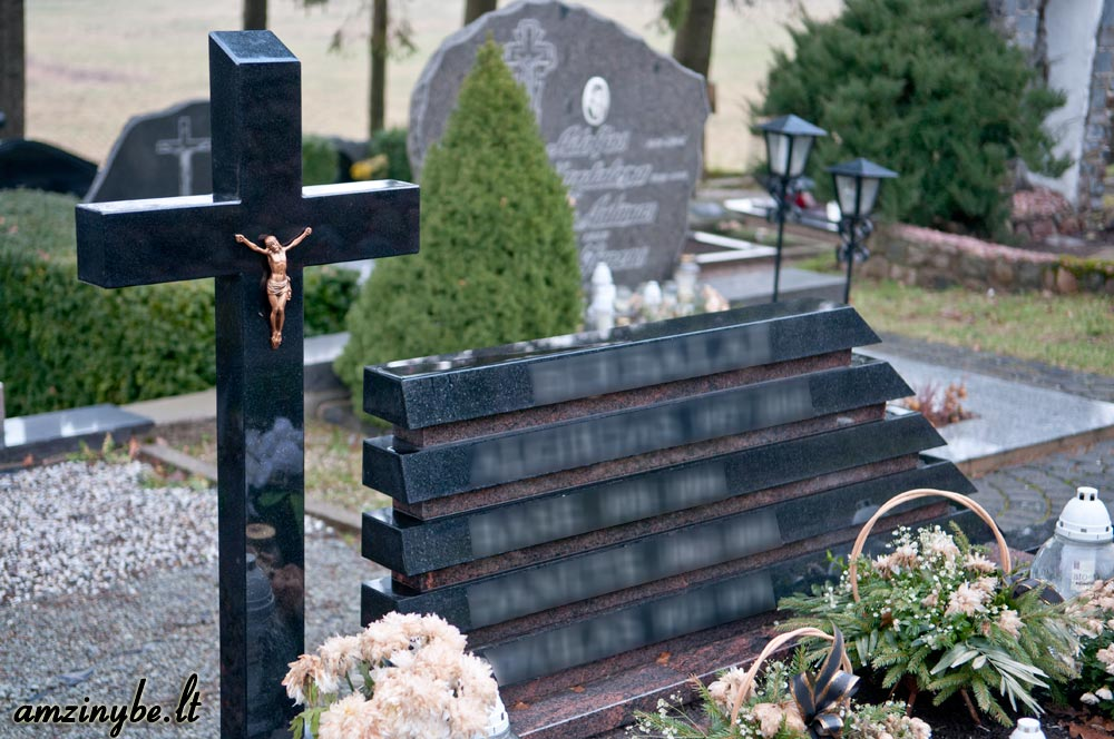 Priekulės kapinės, senoji dalis - 012