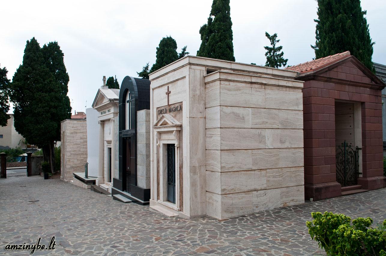 Sardinijos salos kapinės, Italija - 002