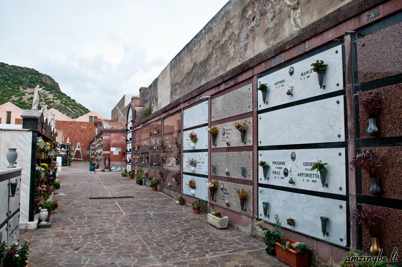 Sardinijos salos kapinės, Italija - 004