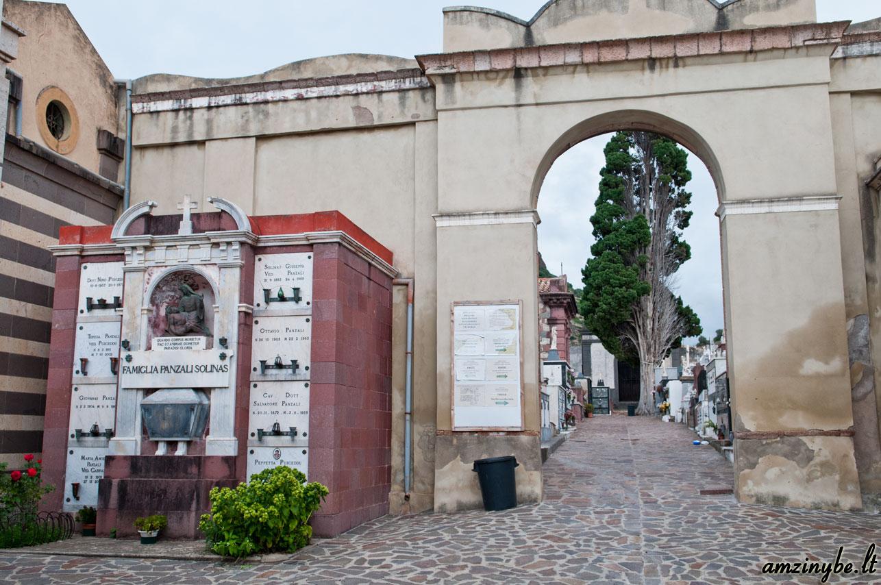Sardinijos salos kapinės, Italija - 007