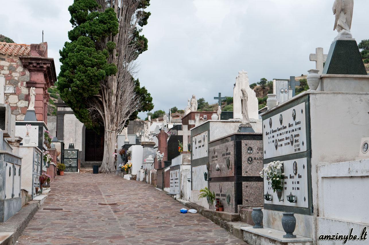 Sardinijos salos kapinės, Italija - 009